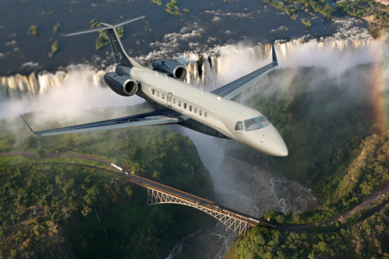 Embraer unveiled a new version of its Legacy 650 large business jet, the Legacy 650E. The aircraft is expected to enter service next year at a list price of US$25.9 million. Embraer Photo