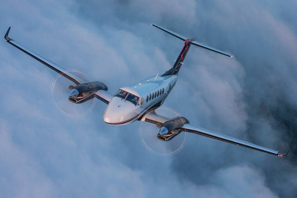 The King Air 350i is a study in contrasts: a legacy cockpit with time-proven controls and gauges, with the addition of three bright 14.1-inch cockpit displays. Textron Photo