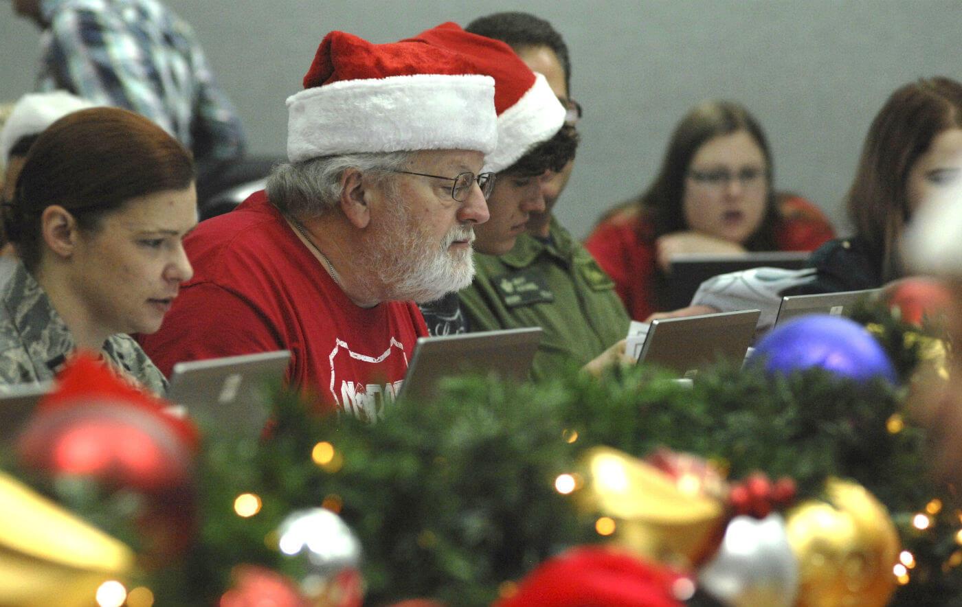 NORAD keeping tabs on Santa this Christmas Eve - Skies Mag