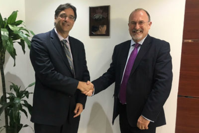 Masud Husain (left), Ambassador of Canada to the UAE, and Ian Bell (right), CAE's vice-president and general manager, Middle East/Asia-Pacific, officially inaugurated CAE's new offices in Abu Dhabi during a ceremony on March 12, 2017. CAE Photo