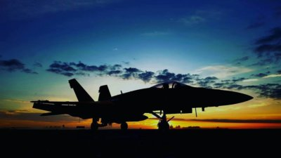 The sun rises on a CF-188 in London, Ont.