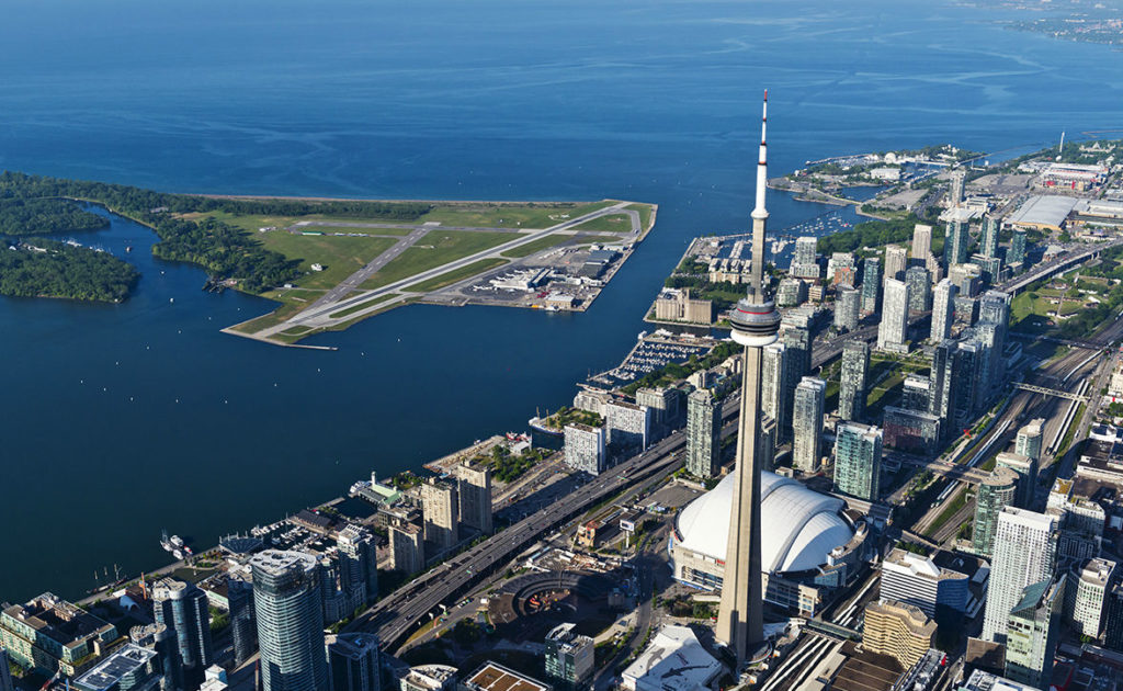Located on the Toronto Islands, Billy Bishop Airport offers the 2.7 million passengers who travel through the airport each year a stunning view of Toronto's skyline and vibrant harbour as they arrive and depart from the city. PortsToronto Photo