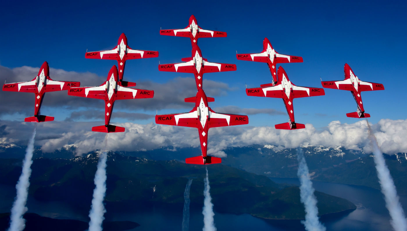 Canadian Forces Snowbirds resume 2017 show schedule