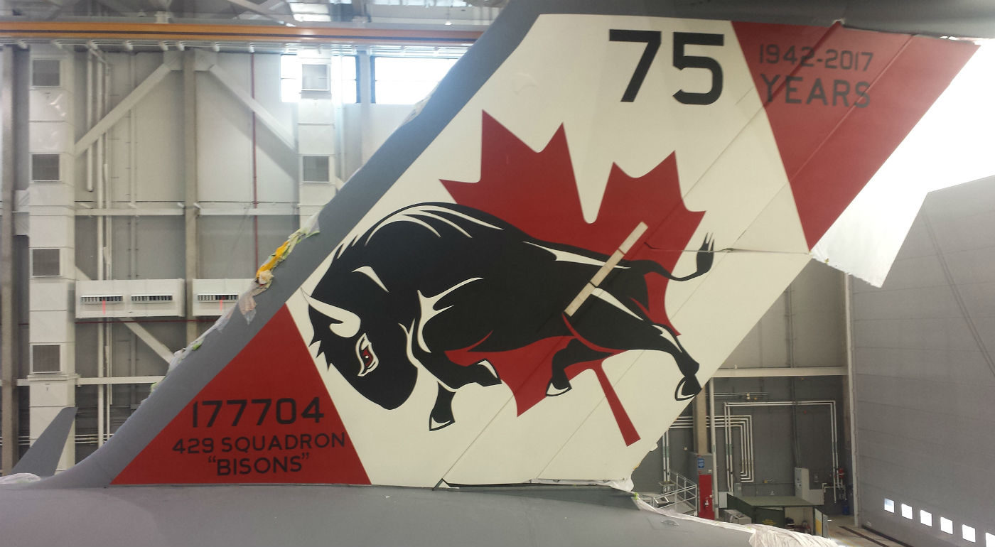 429 Transport Squadron unveiled its commemorative tail art in honour of its 75th anniversary as well as the 10th anniversary of the CC-177 Globemaster III in Canada, on May 25, 2017. The design features a bison, which also appears at the centre of the squadron's crest. MCpl Shawn O'Hara Photo