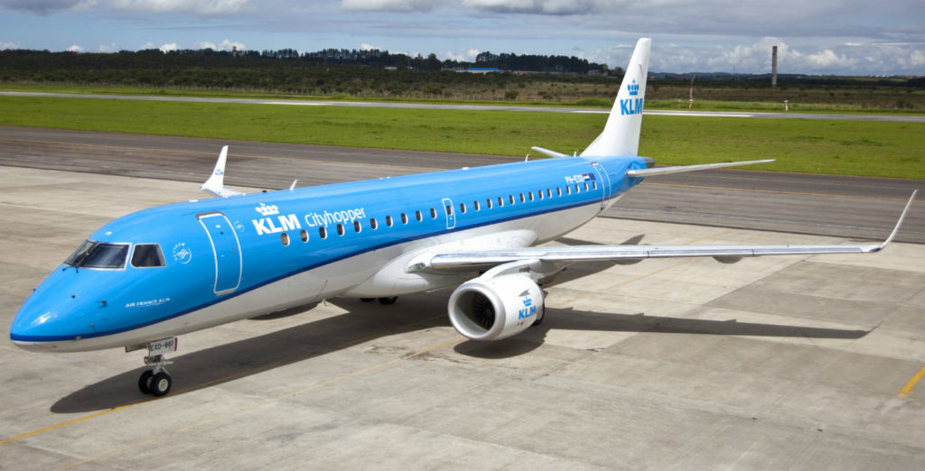 As part of its international leasing program, Chorus Aviation plans to acquire an Embraer E190 jet, similar to this one, and lease it to KLM Cityhopper. KLM Cityhopper Photo