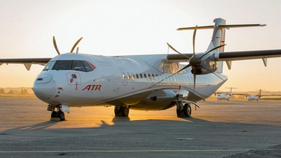 Upon the completion of this transaction, Chorus Aviation's announced portfolio commitments include 44 turboprops and 12 regional jets. ATR Photo