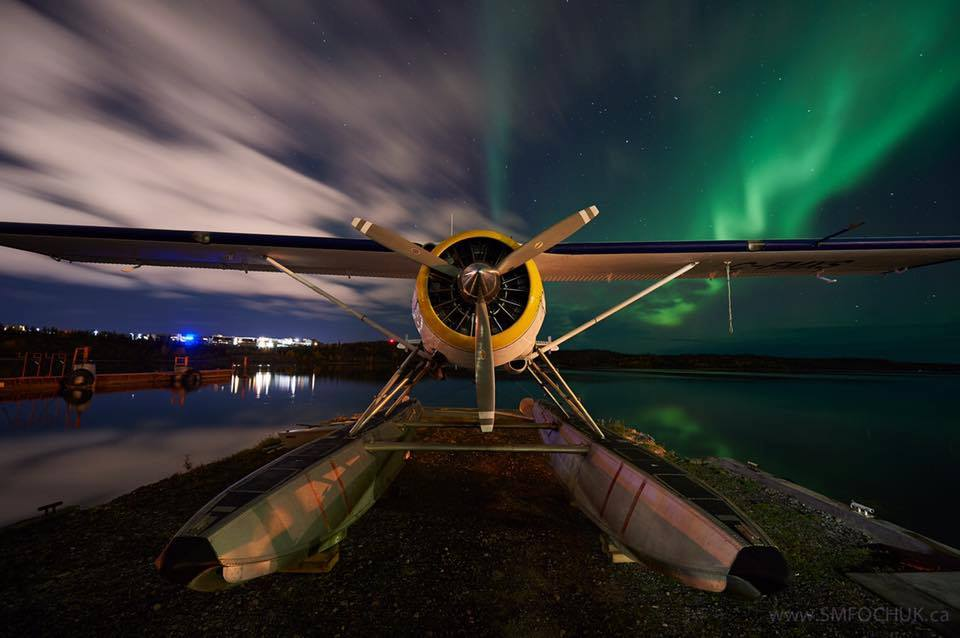De Havilland Canada DHC-2 Beaver, under the glow of the Northern Lights.