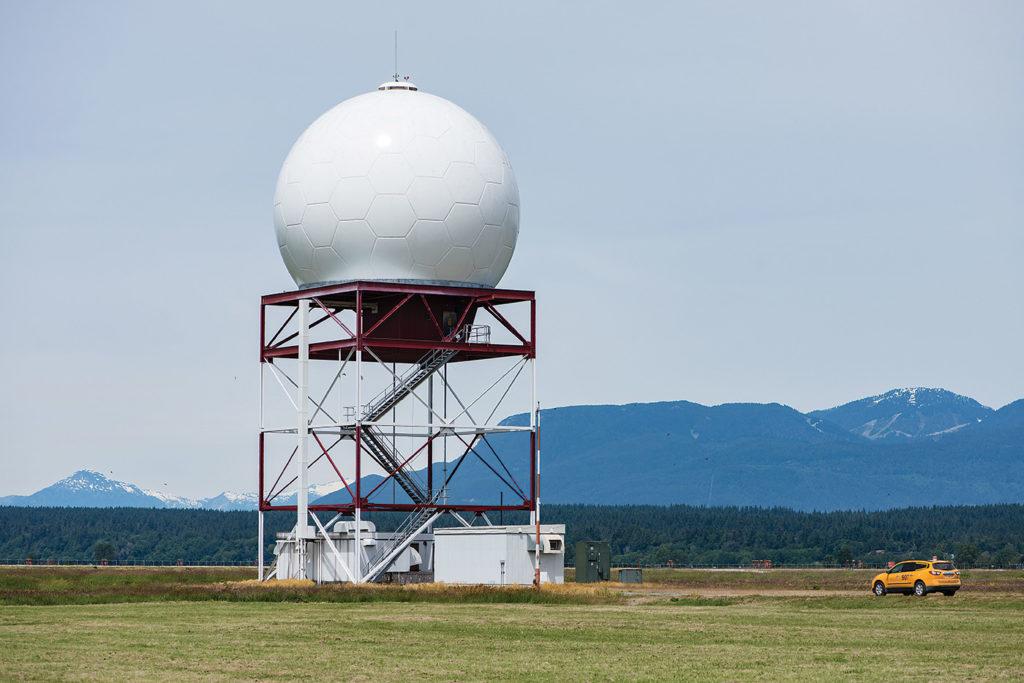 A Nav Canada surface movement radar installation at Quebec City Jean Lesage International Airport. Photo courtesy of Nav Canada