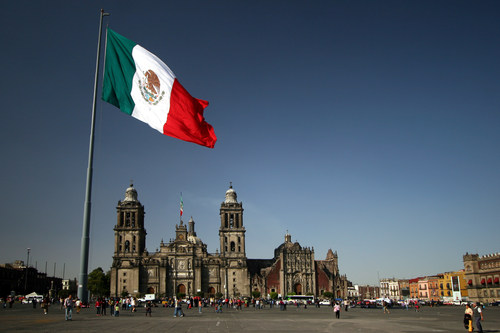 WestJet adds year-round Mexico City from Calgary and Vancouver starting March 2018.