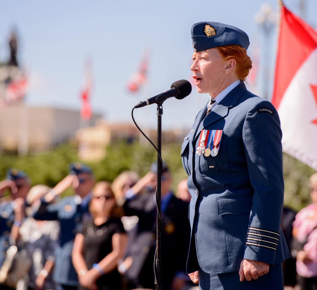 The RCAF's HCol Loreena McKinnett sings