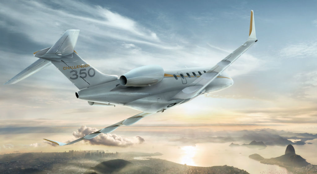 Bombardier Challenger 350 in flight.