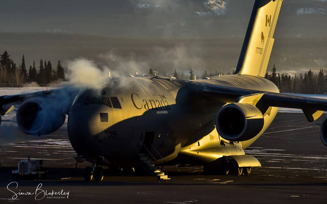 Warming up the Royal Canadian Air Force CC-177 Globemaster on a chilly -30 C Yukon morning. Photo submitted by Simon Blakesley (Instagram user @simon_blakesley) using #skiesmag