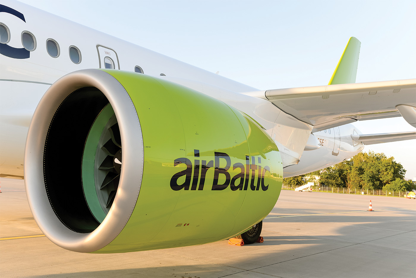 Exterior view of airBaltic CS300 engine