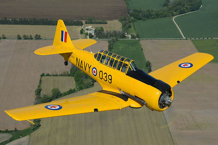Dave Hewitt's Harvard Mk.II 3039 was built in 1941 at Noorduyn Aviation in Montreal, Que. It wears her Royal Canadian Navy markings from the 1950s. Eric Dumigan Photo