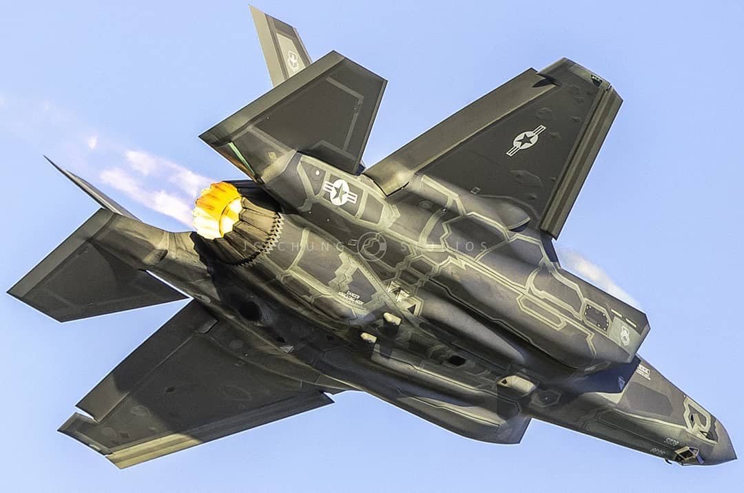 A U.S. Air Force F-35 streaks over London International Airport in Ontario. Photo submitted by John Chung (Instagram user @jcjchung) using #skiesmag