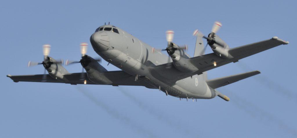 CP-140 Aurora in flight
