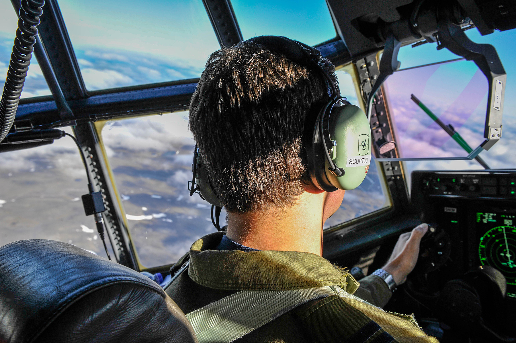Air Force focuses on pilot retention - Skies Mag