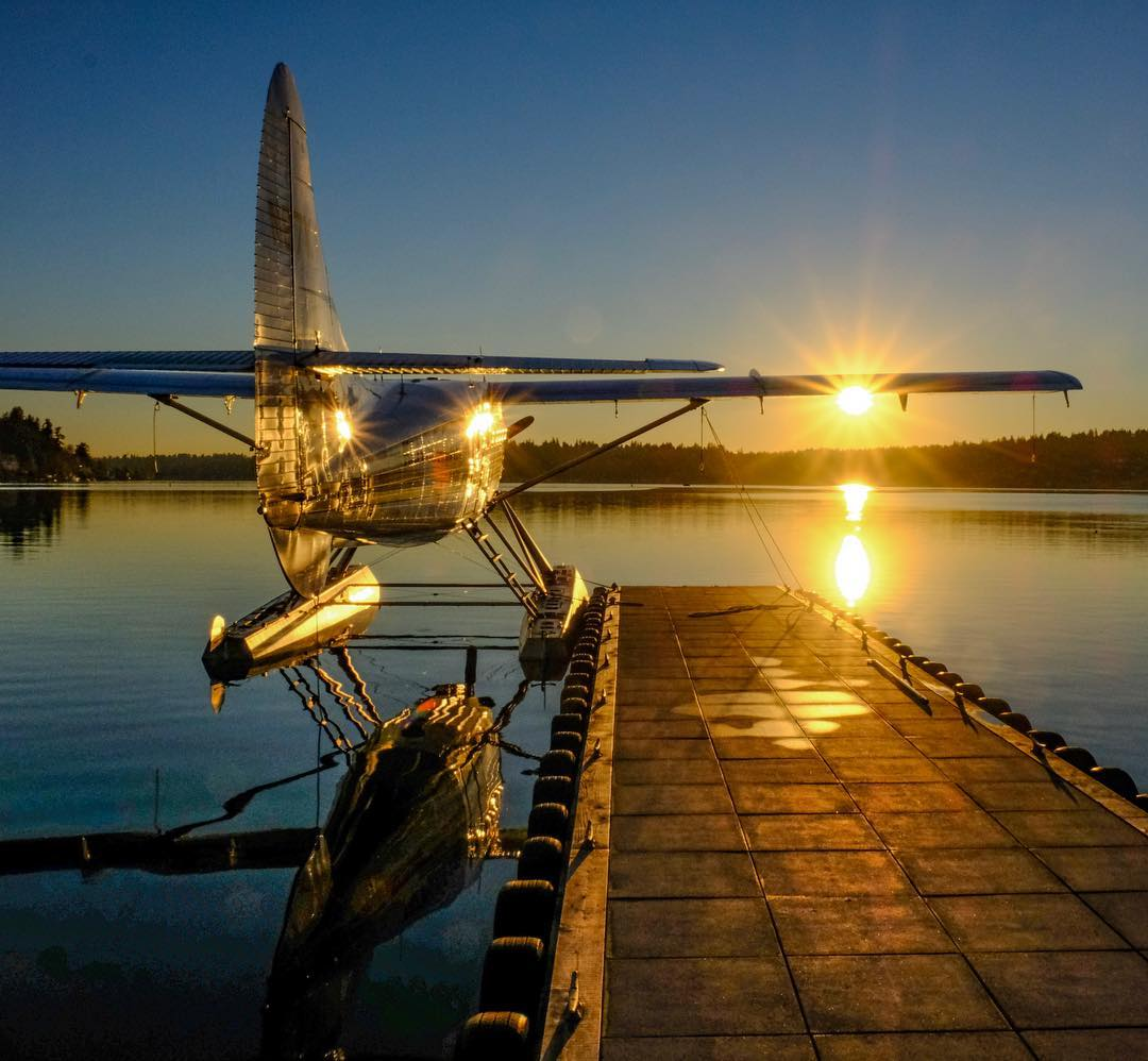 A de Havilland DHC-3 rests during a winter sunset. Photo submitted by Steve Bjorling (Instagram user @otterdrivernw) using #skiesmag