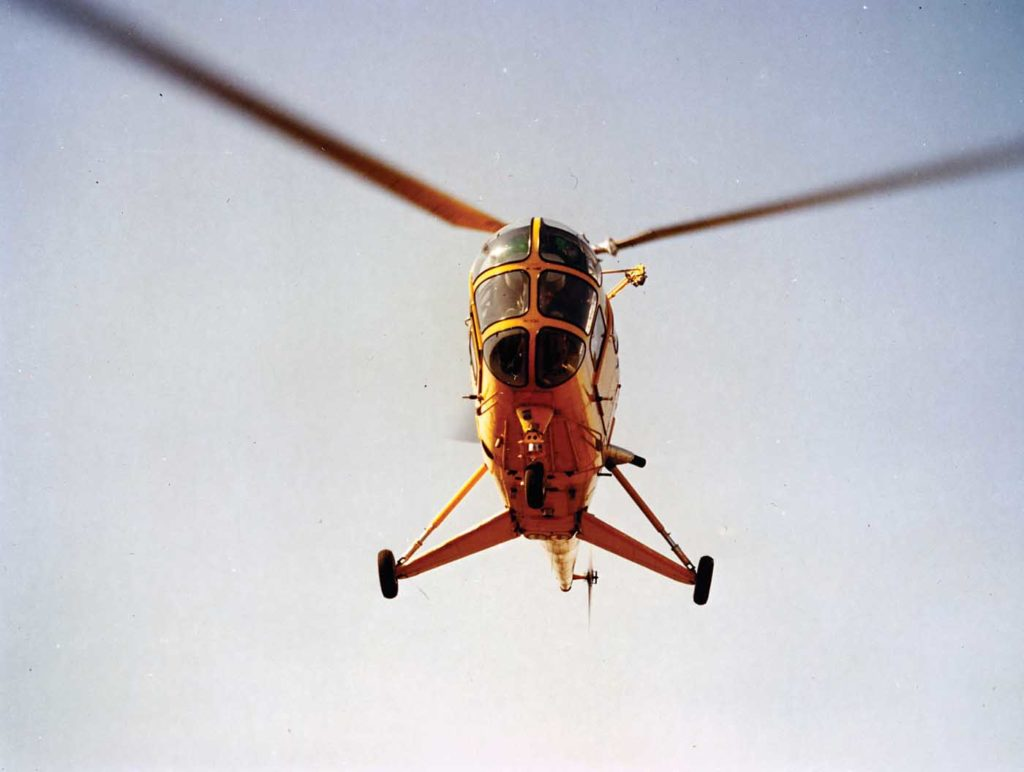 Sikorsky S-51 approaching for a landing
