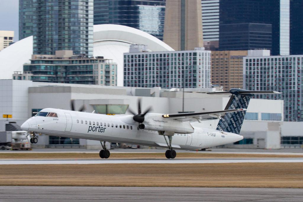 Porter Airlines Q400