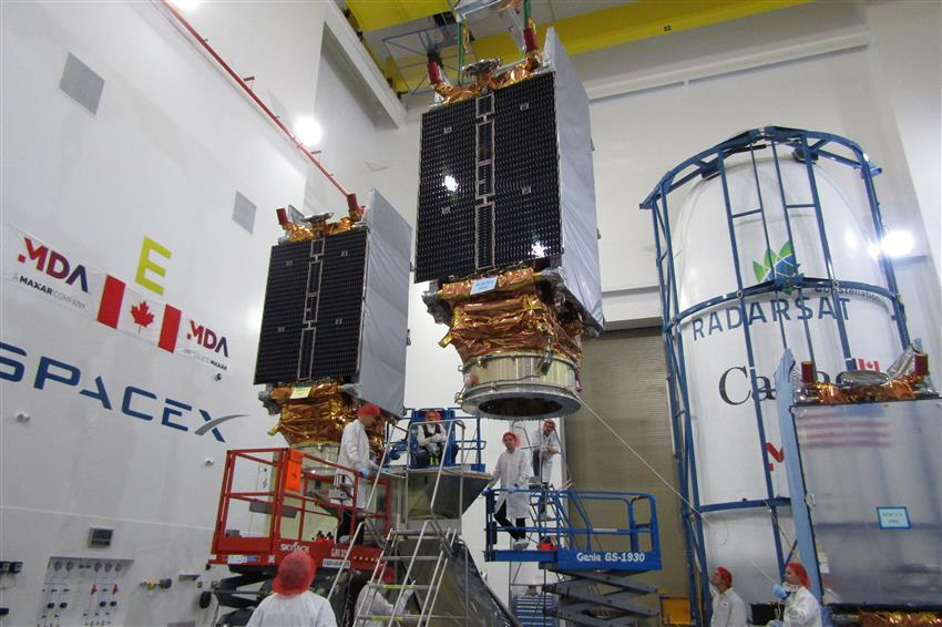 SpaceX launches three radar satellites for Canada