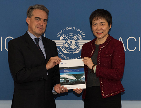 The secretary general of ICAO, Dr. Fang Liu, and the director general and CEO of IATA, Alexandre de Juniac, held an official launch ceremony on June 7, 2019 for the release of new ICAO Manual on the Legal Aspects of Unruly and Disruptive Passengers. ICAO Photo