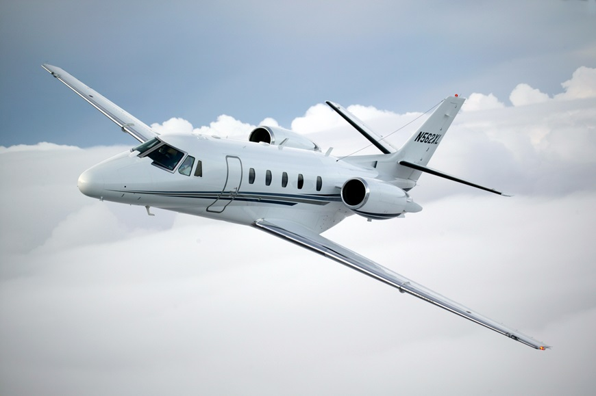 The G5000 integrated flight deck for the Citation Excel and Citation XLS features three landscape-oriented displays with split-screen capability, intuitive touchscreen controllers, and geo-referenced Garmin SafeTaxi airport diagrams. Textron Aviation Photo
