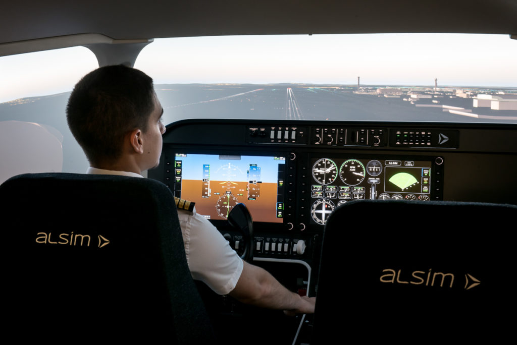 The Alsim AL250 is a generic and compact simulator for single and multi engine piston (SEP/MEP reconfigurable) PPL, IR and CPL training. Alsim Photo
