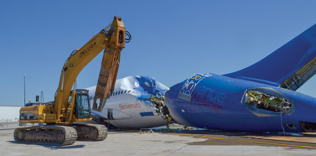 Aerocycle was created in 2013 following a pilot project for Air Transat involving the disassembly of an Airbus 310-300 at the Montreal-Mirabel International Airport. Aerocycle Photo