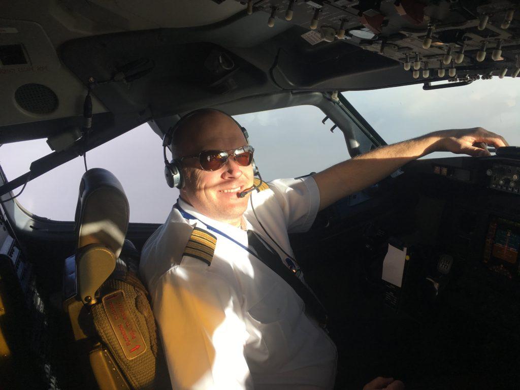 The author, Steve Zago, sits in the flightdeck of a Boeing 737NG. Steve Zago Photo
