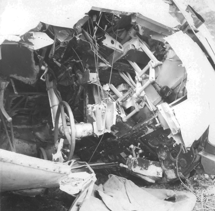 The upside-down cockpit of the crashed Delta 673. Pat Donaghy Photo