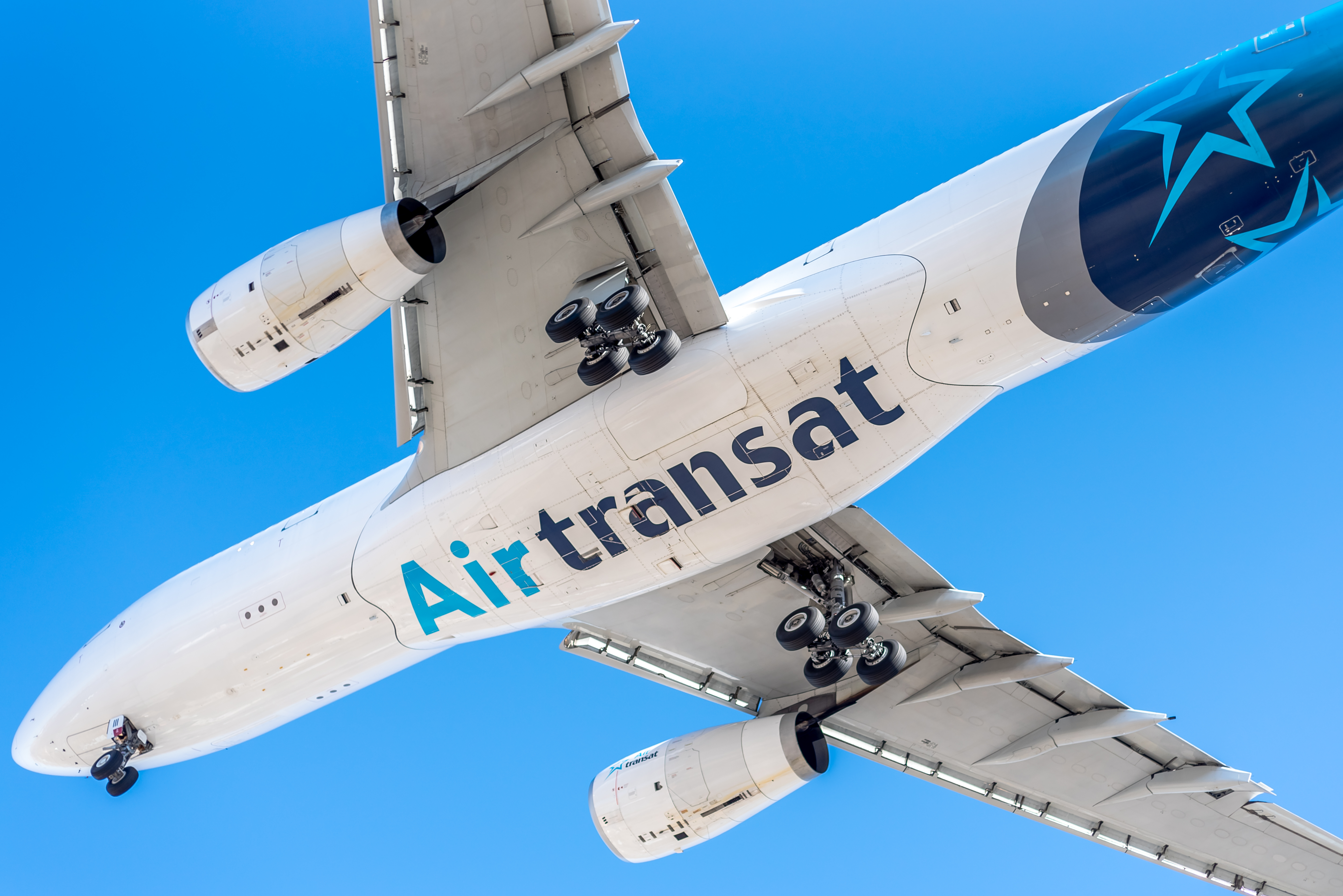 Air Transat Made First Commercial Flights On July 23 Skies Mag