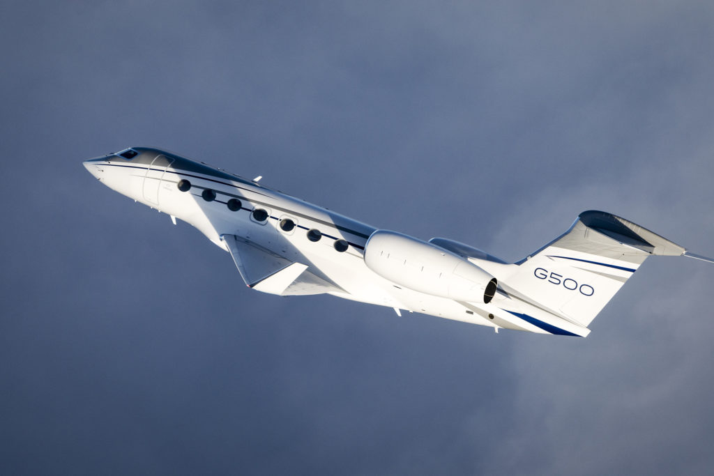 The G500 can travel 4,400 nautical miles/8,149 kilometers at Mach 0.90 and 5,200 nm/9,630 km at Mach 0.85. Gulfstream Photo