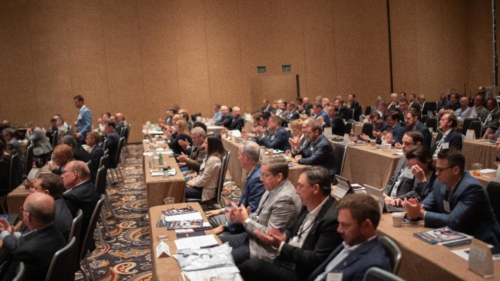 IADA's fall meeting was well attended by more than 100 companies. IADA Photo