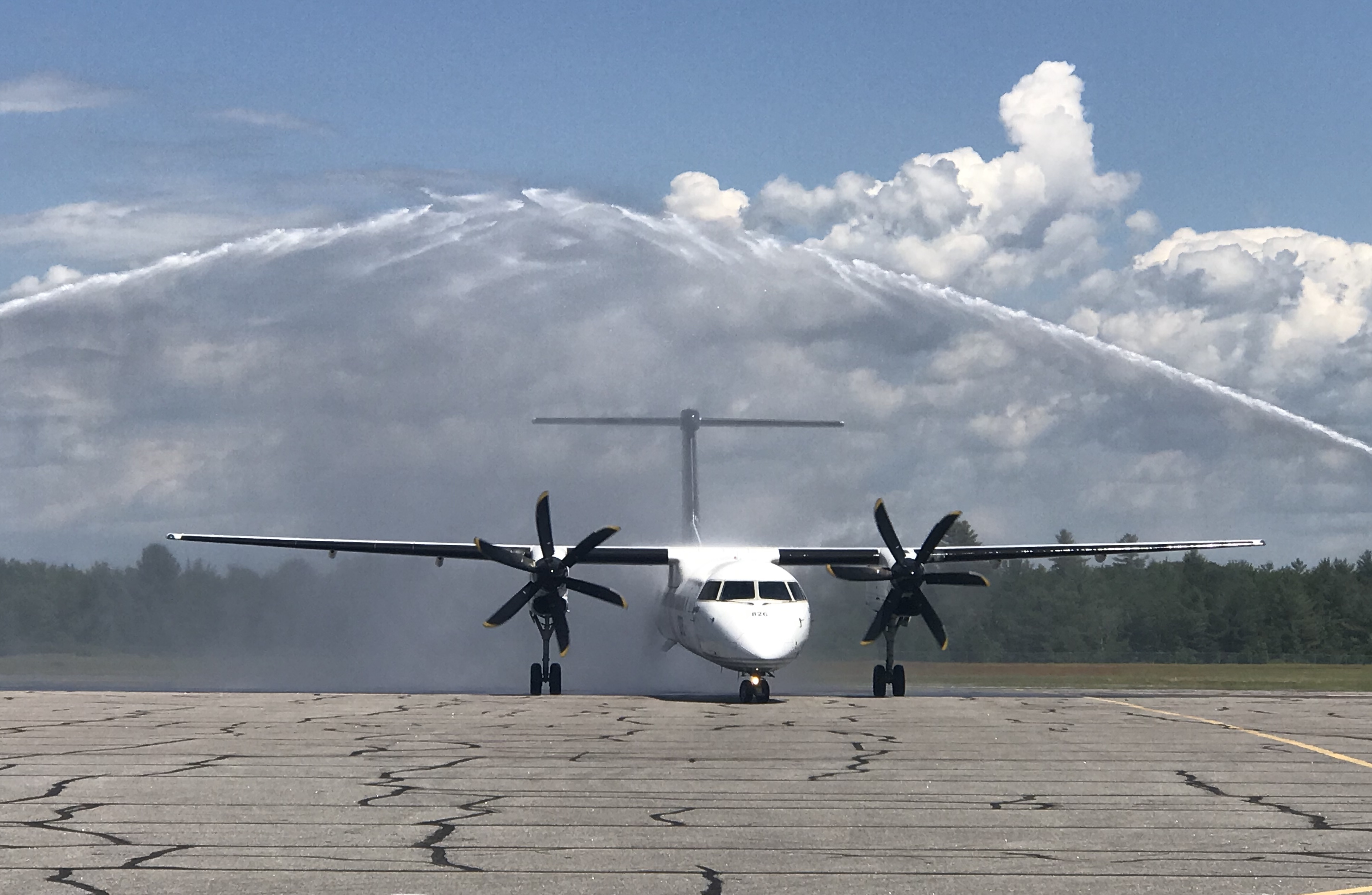 The region of Muskoka welcomes the first flight from Porter Airlines to the region from Billy Bishop Toronto City Airport. Muskoka Airport Photo