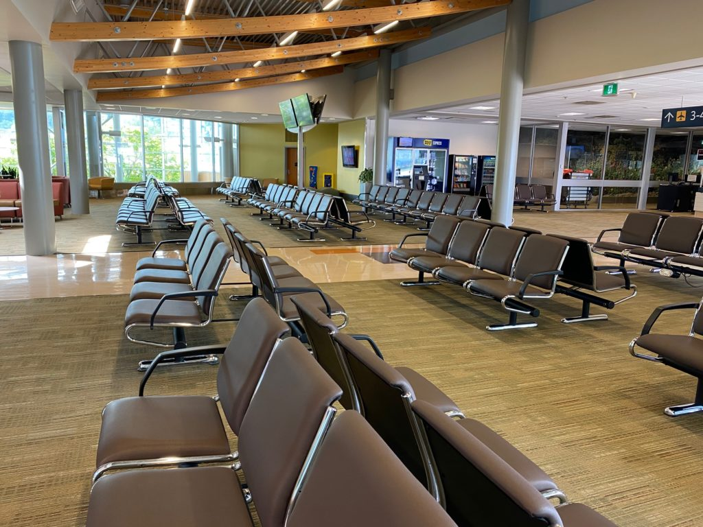 Empty passenger lounge at YYJ.