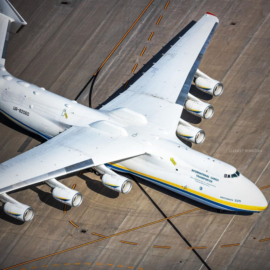 An aerial shot of the Antonov AN-225 Mriya in Mirabel. Photo submitted by Garret Rogers (Instagram user @garretrphoto) using #skiesmag.