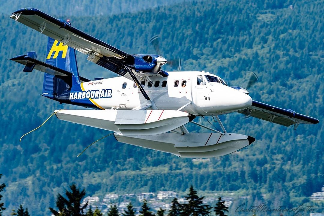 A Harbour Air de Havilland DHC-6 Twin Otter on approach into Coal Harbour. Photo submitted by Max Langley (Instagram user @coastalmountainspotter) by tagging @skiesmag.