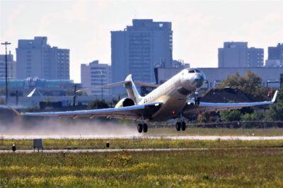 The 100th Global 7500 made its first flight on Sept. 10, 2021. Under a cloudless sky, C-GVEU (serial number 70100) lifted off runway 33 at Downsview Airport in Toronto. Photo by Frederick K. Larkin